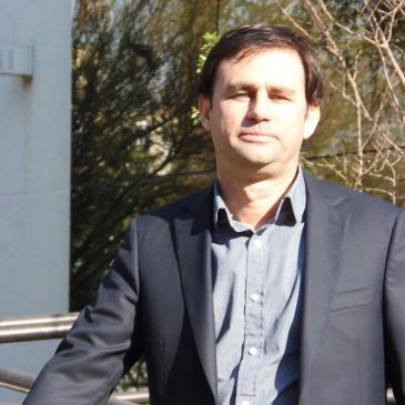 Desafíos del nuevo Vridei Dr. Claudio Martínez Fernández: generar nuevas políticas y potenciar la investigación de buena calidad