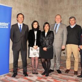 Investigadora presenta aportes del CECTA en control de virus que afectan a industria de alimentos congelados